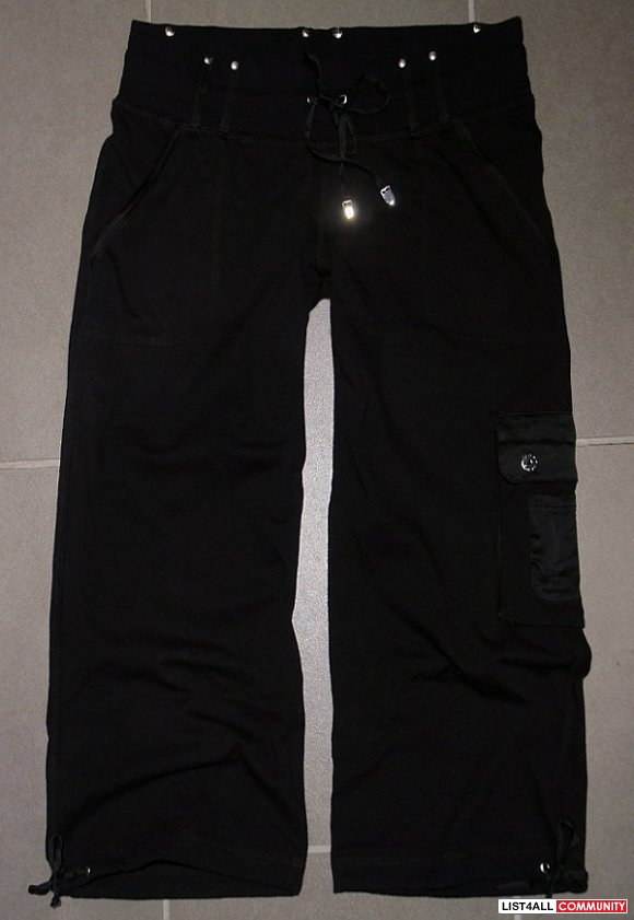 BEBE SPORT Low Rise Black Cargo Crop Capri Pants Women's M