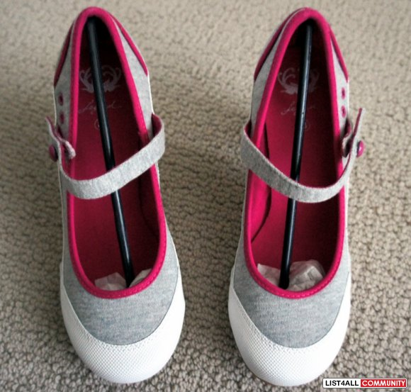 "LEGEND White/Grey/Pink Mary Jane 3.25"" Heel Shoes Women's 8"