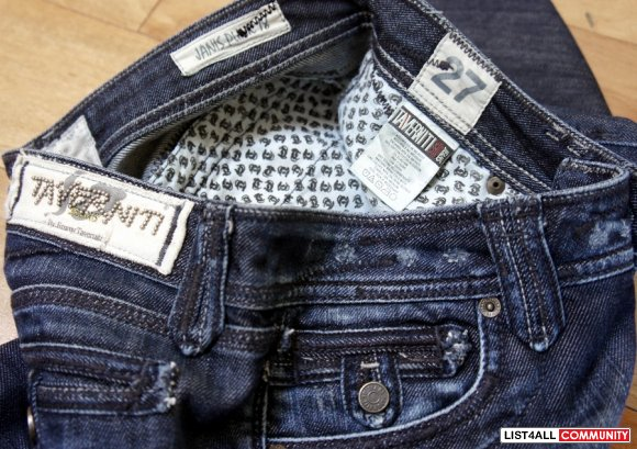 Destroyed Bootcut Jeans Womens