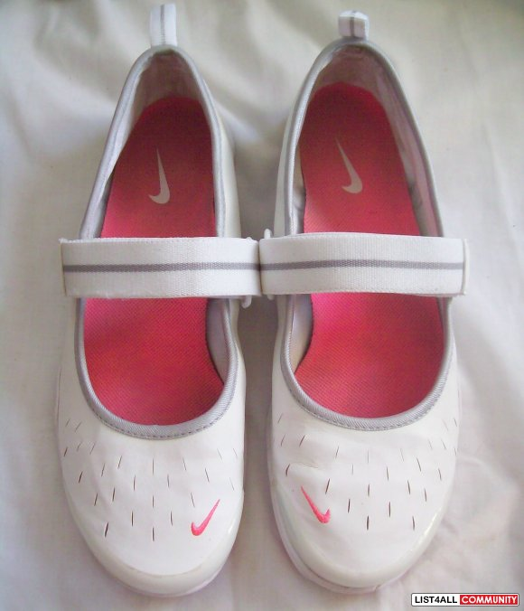 NIKE Free Mary Jane Slip-on Velcro Maryjane Shoes White Womens 8