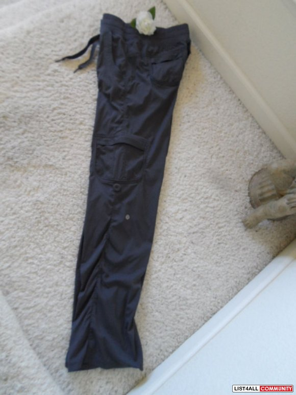 Rare! LULULEMON Yoga Camp/Studio Pant 2 in 1 Convertible Pants 6