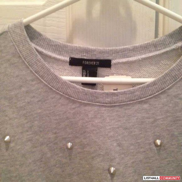 Forever 21 grey sweater with studs size s (new)