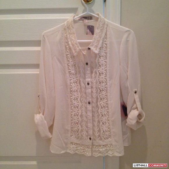 Forever 21 floral blouse size m (new)