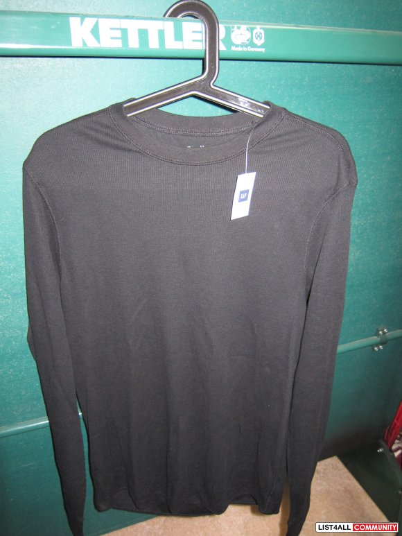 $20- GAP black layering thermal tee