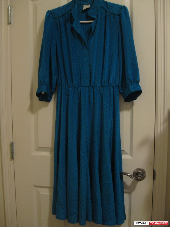 Vintage - Blue spotted dress (Medium)