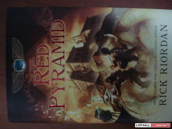 Kane chronicles: THE RED PYRAMID (hardcover)