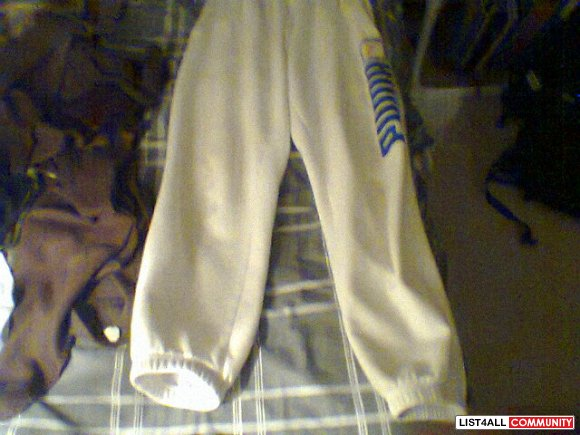 PUMA SWEATS SIZE SMALL