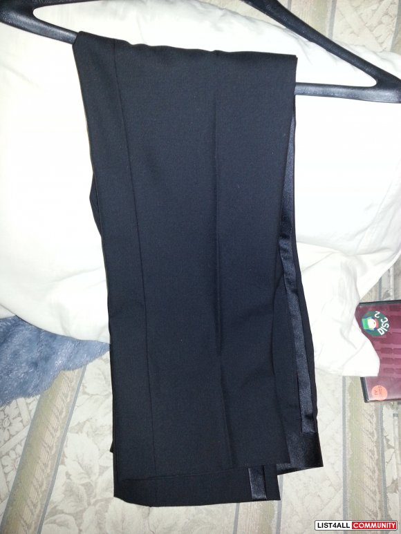 COMPLETE BLACK TUXEDO FOR SALE size 36