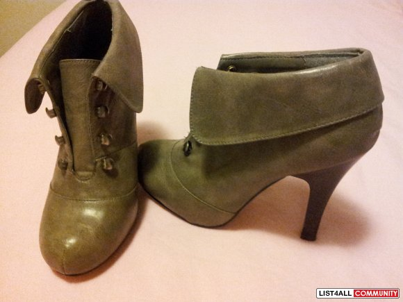 Madden Girl ankle booties NEW