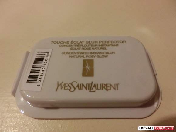 Yves Saint Laurent Touche Eclat Blur Perfection Instant Blur