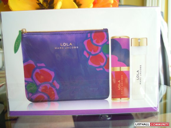 Marc Jacobs LOLA Perfume with Pochette Pouch