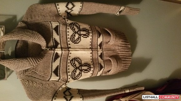 tna aritzia knitted zip up sweater xxs