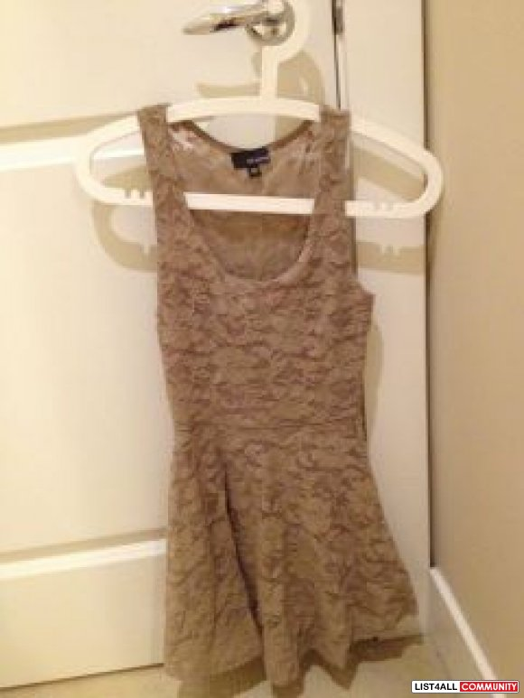 Aritzia Dilemma dress BNWT
