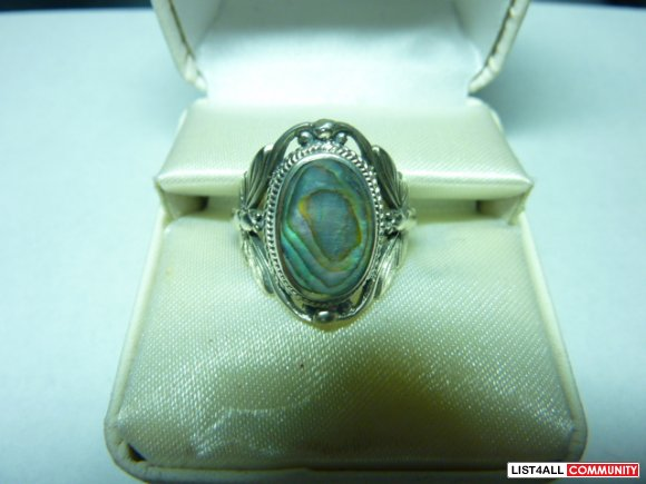 Silver ring, size 7.5