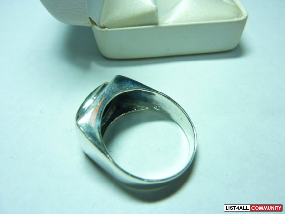 Silver ring, size 14