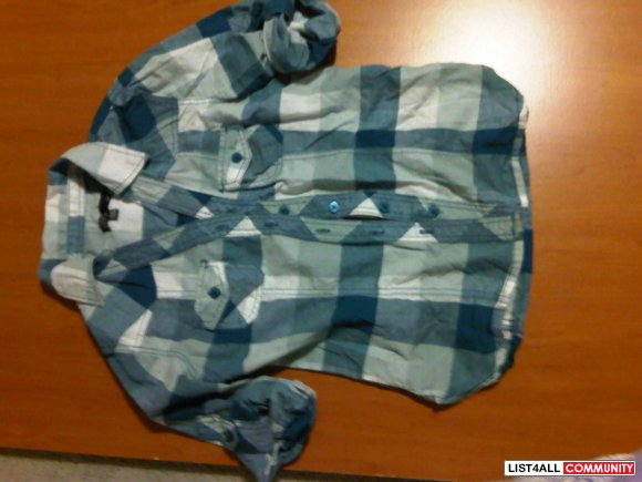 SWS PLAID TOP SIZE SMALL $3