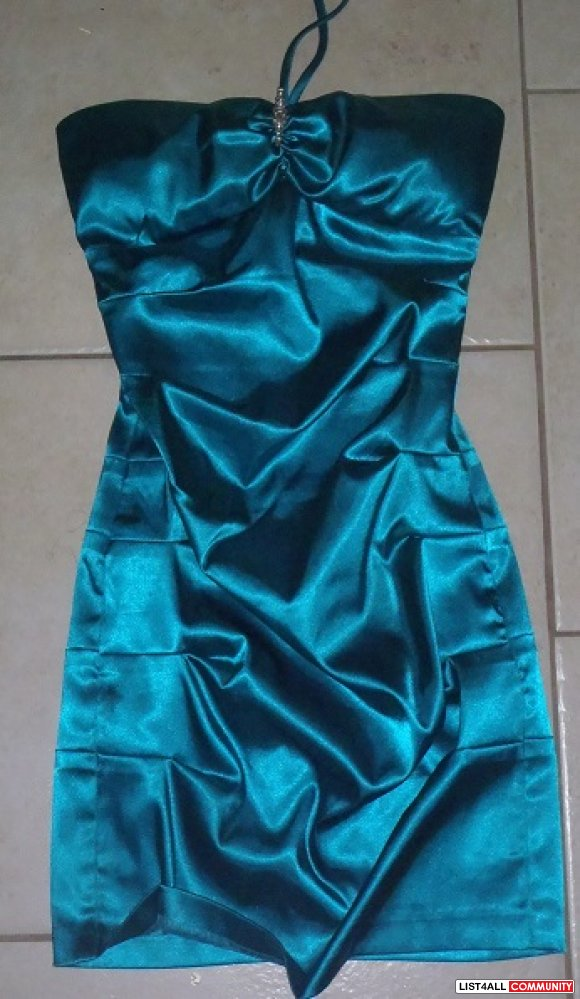 Beautiful Blue Evening Dress 0-2