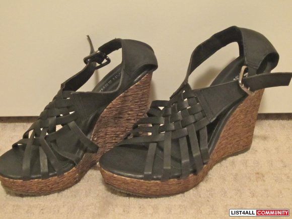 Black Summer Wedges size 7