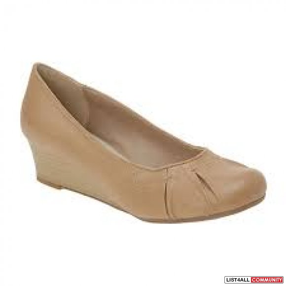 BN Spring Jerra Shoes size 7 in Nude and Black Both for $20