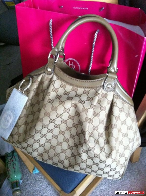 QUICKSALE $850:BNWT AUTHENTIC GUCCI PURSE PURCHASED FROM HOLT RENFREW