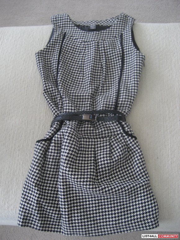 Zara Herringbone Dress - size 11-12