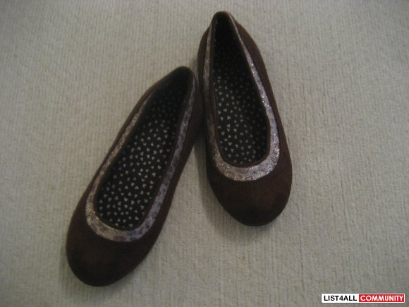 Cute Brown Flats - size 1