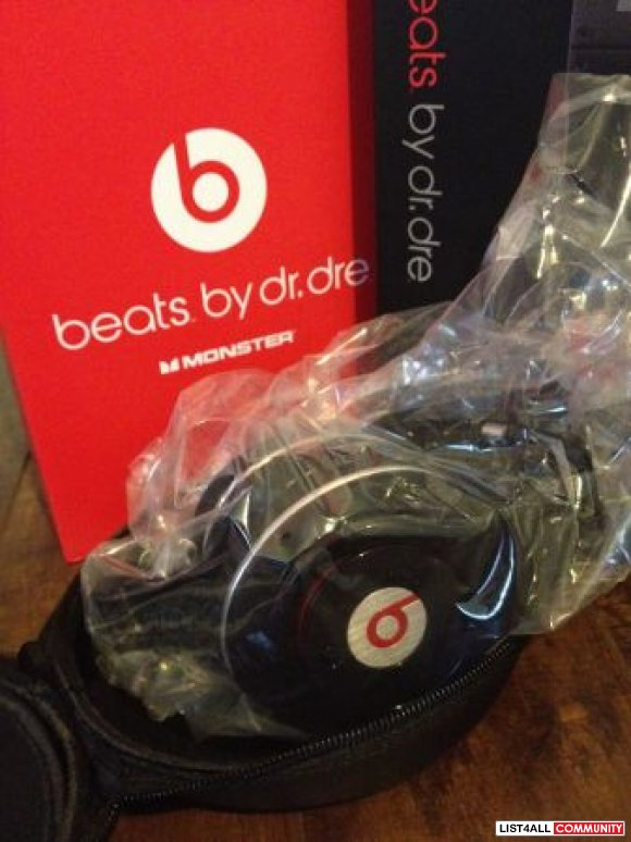 """Brand New"" BEATS BY DR DRE Headphones."
