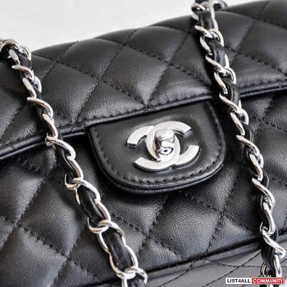CHANEL FLAP BAG (MINI SIZE)