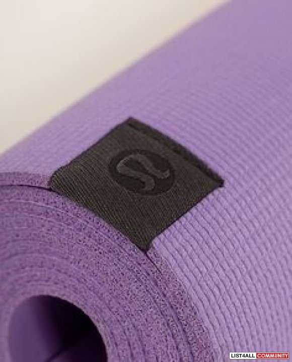 Lululemon the Pure Mat in purple