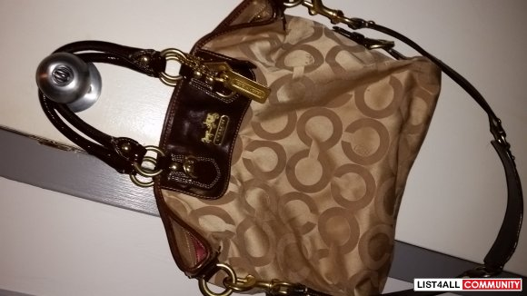 Coach Bag with Shoulder Strap AUTHENTIC