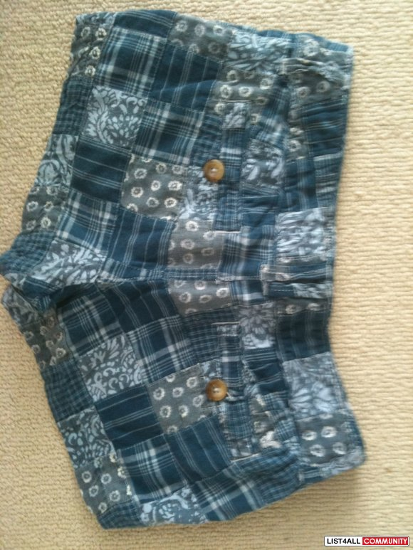 American Eagle Shorts sz2