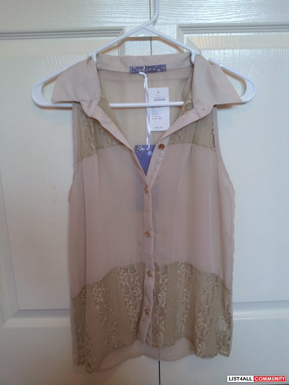 Sakura sheer top with lace size XS