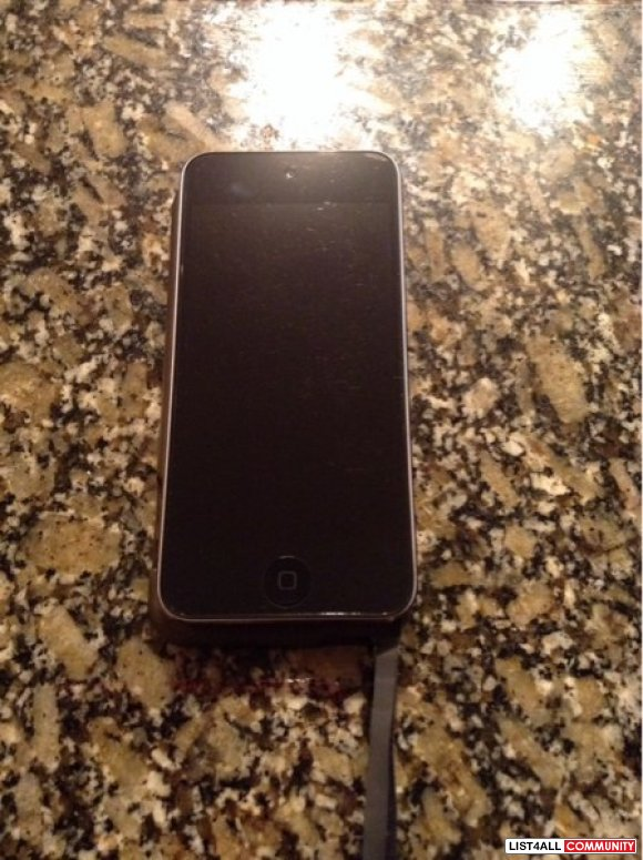 Black 5 th gen 32 gb iPod touch