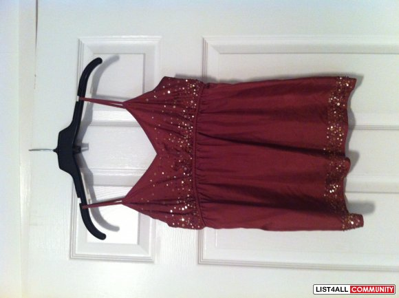 Burgundy Tank Top With Gold Sequins