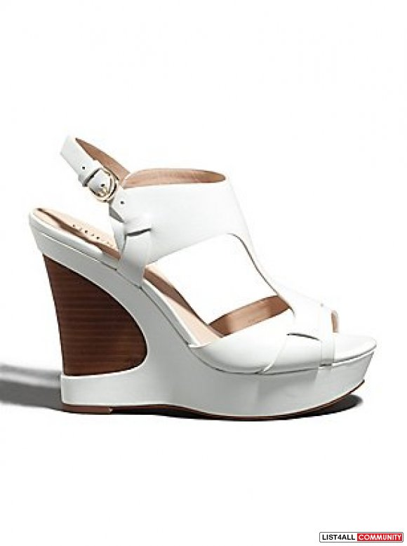 Guess By Marciano Yaki Wedge