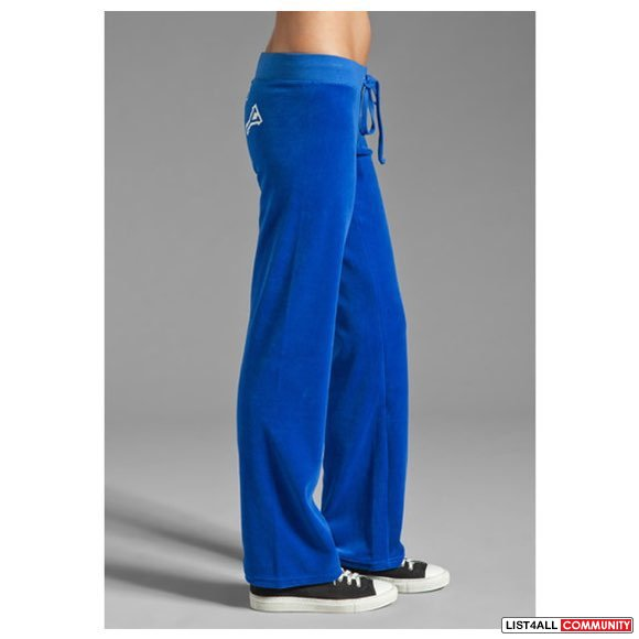 Juicy Couture Blue Velour Collegiate Crest Pant in Bright Lapis