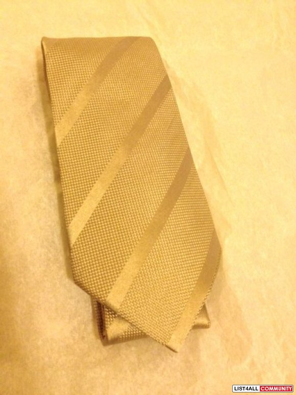 BNWT Authentic Giorgio Armani Silk Tie