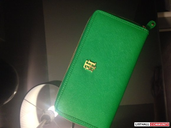 Tommy Hilfiger Wallet - Green - Never used!