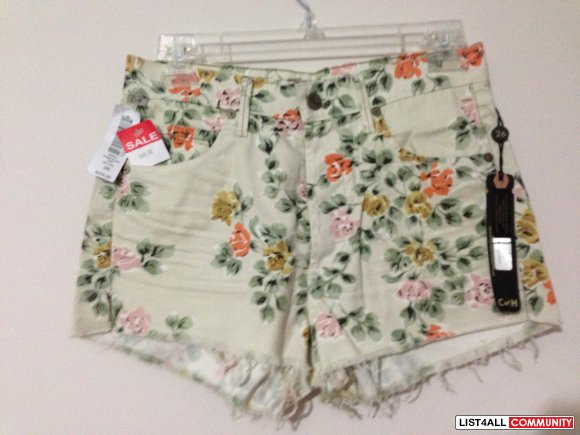 High Waisted Floral Shorts - Light Floral