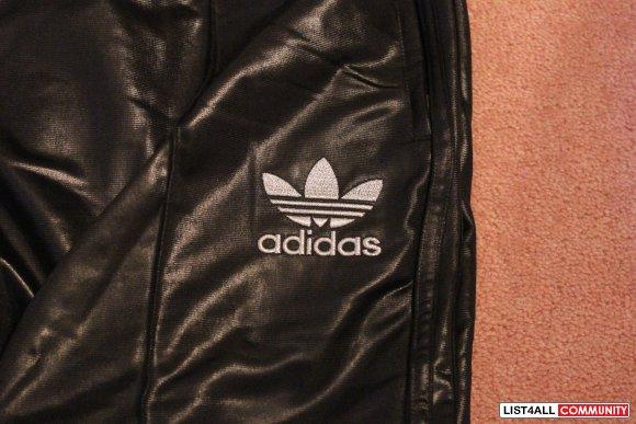646f82ef736ae Adidas Chile 62 Track Pants - Black. VERY RARE    summer2012    List4All