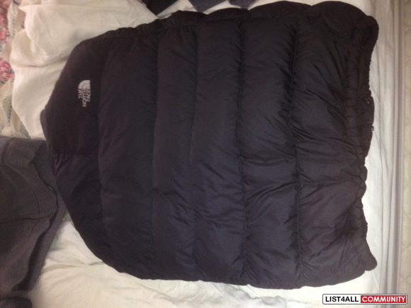 Northface Bomber Nuptse 2 size M 700 Series 10/10 condition