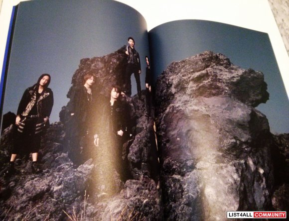 KAT-TUN Break The Records 2009 Concert Pamphlet/Photobook