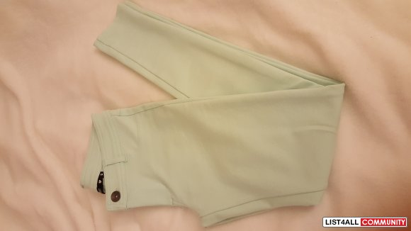 light green jeggings/jeans size s (NEW)