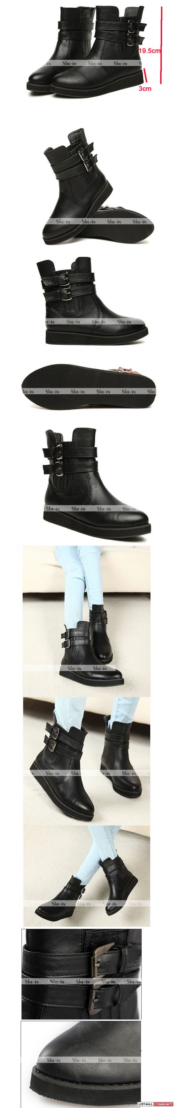 Retro Flat Ankle Boots buckled
