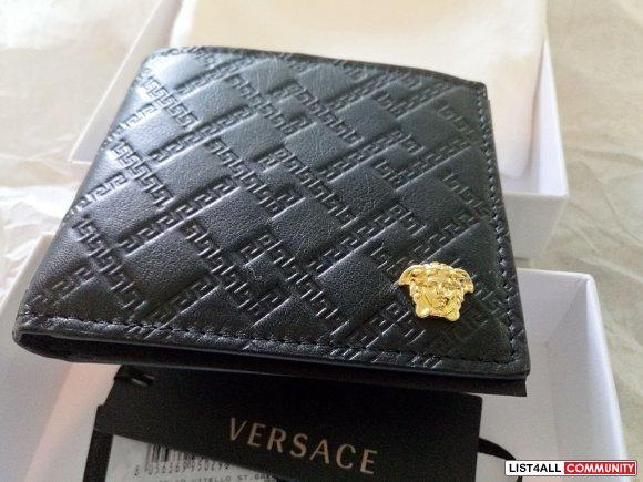 c8f45cf1c3dc VERSACE Black Logo Embossed Bifold Wallet    harryz    List4All