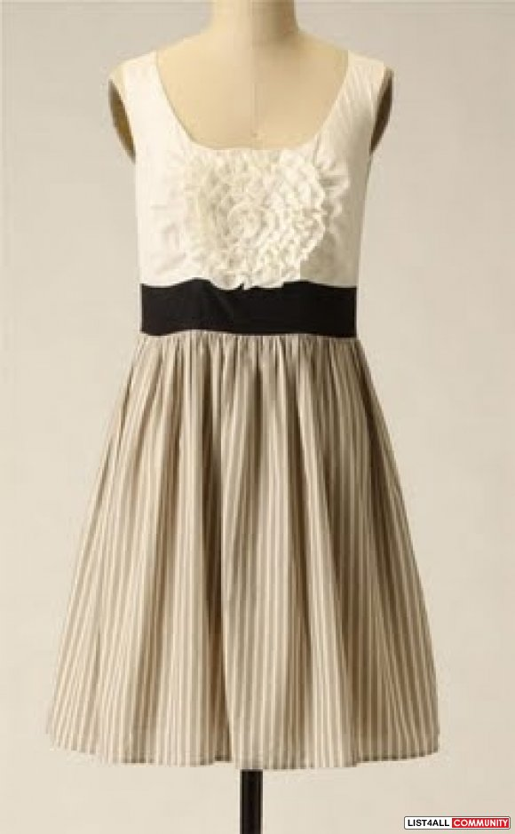 Anthropologie Bold Boutonniere Dress M