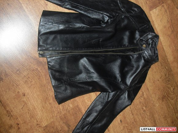 black 100% leather structured motorcycle jacket