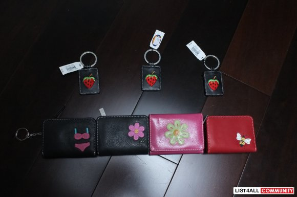 Fossil Key Chains and Wallets