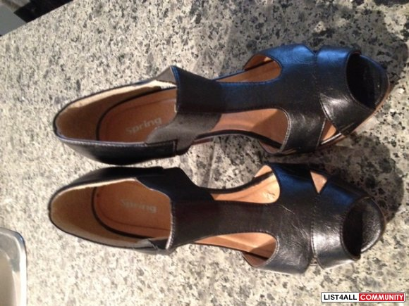 **REDUCED!!** Spring - Leather w/ Wooden Heels