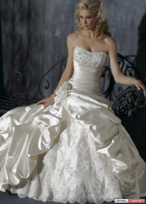 Choose Beautifully Designed And Affordable Wedding Dresses